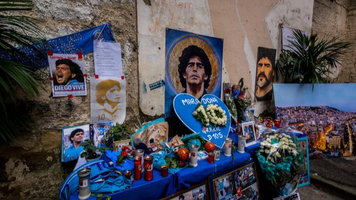 Polemiche sul documentario di Corrado Augias dedicato a Napoli