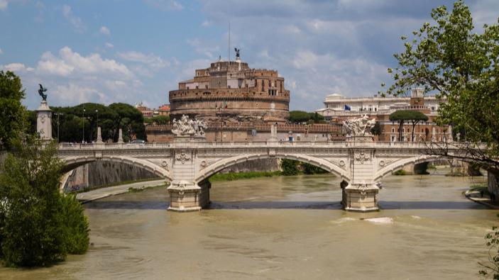 Vaticano e <i>street art</i>, una relazione difficile
