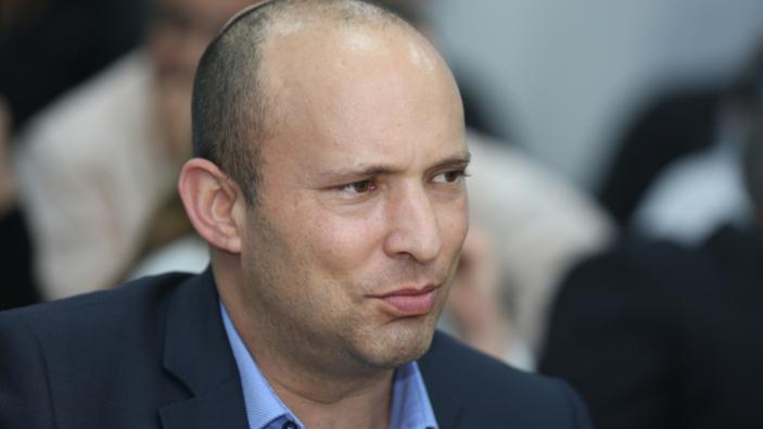 Il nuovo primo ministro di Israele crea il più ampio governo di coalizione mai esistito