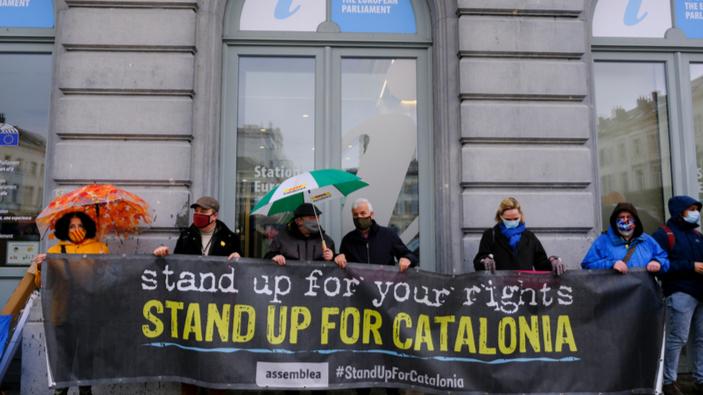Il governo spagnolo concede la grazia a nove separatisti catalani con una mossa conciliante