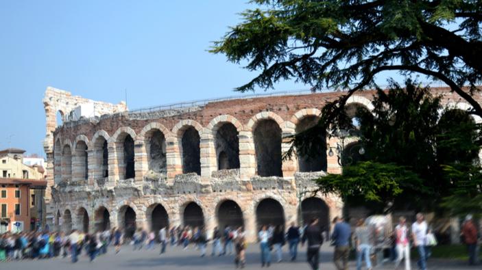 Dal sottosuolo di Verona riaffiora una piccola Pompei