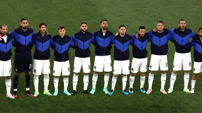 Euro Cup 2021, scoppia il caso sulla nazionale che non si inginocchia