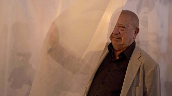 Christian Boltanski, l'artiste de la mémoire et du souvenir
