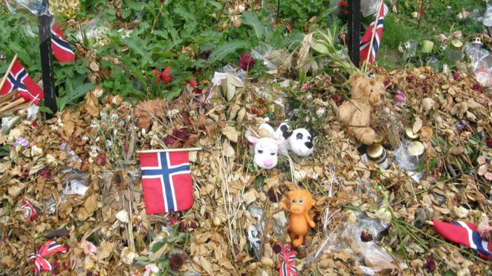 10 ans après, la Norvège pleure les victimes d'un attentat terroriste d'extrême droite