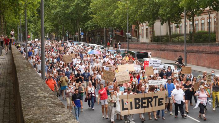Manifestations en France contre le passe sanitaire