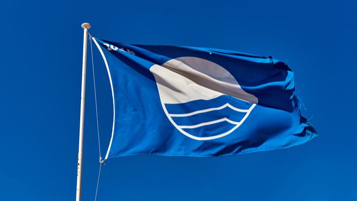 Banderas en la costa española
