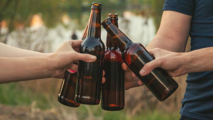 Botellones de fin de semana