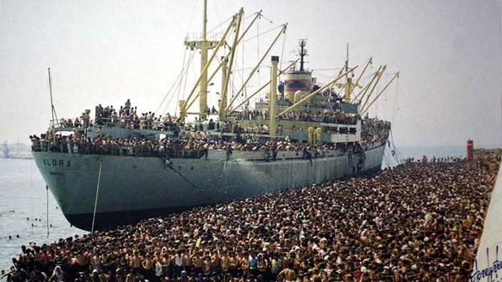 L'anniversario dello sbarco a Bari della nave Vlora