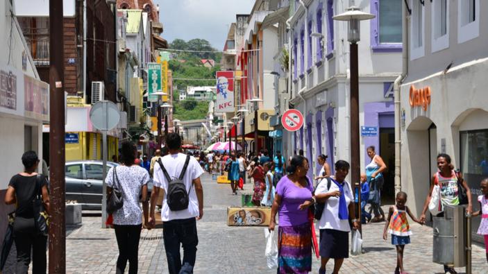 Héritage d'un scandale : les Antilles françaises démunies face à la 4<sup>ème</sup> vague du coronavirus
