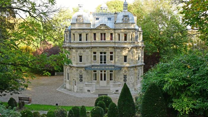 Airbnb lance un concours sur les traces de trois grandes figures artistiques françaises