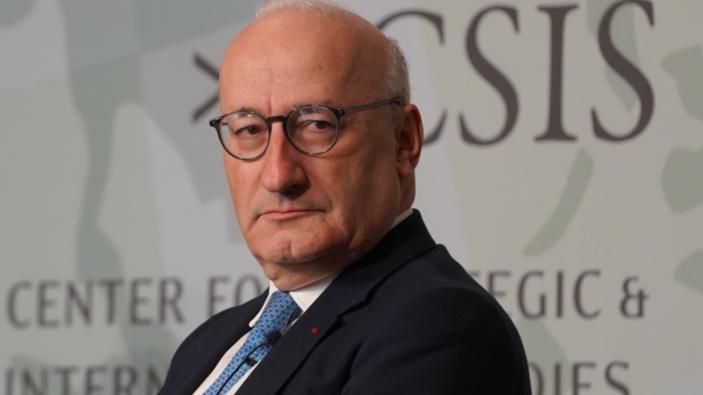 Francia llama a consultas por primera vez a su embajador en EE. UU.