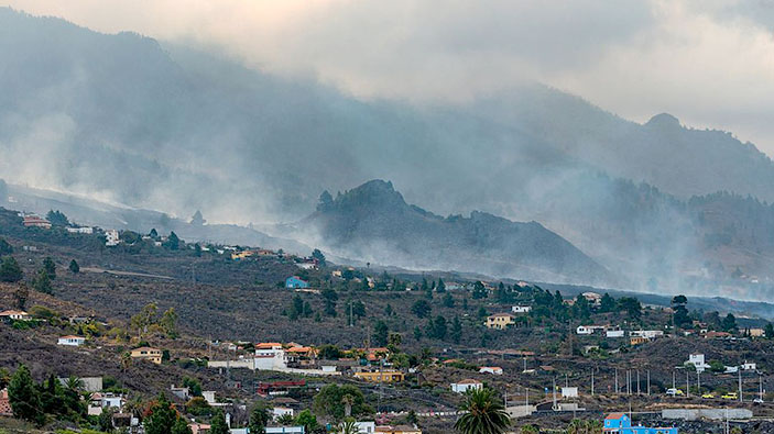 El volcán de La Palma continúa en fase explosiva
