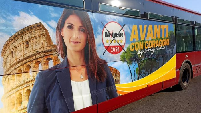 Elezioni amministrative, i romani bocciano Virginia Raggi